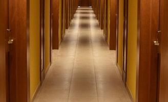 Diferença entre 'aisle' e 'corridor'